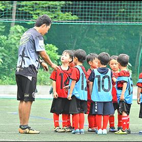ライセンス保持・有資格者のコーチから学べる